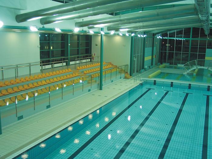 Img interior piscina