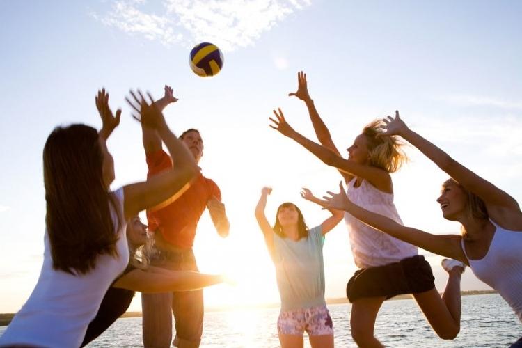 Img jovenes volley grande