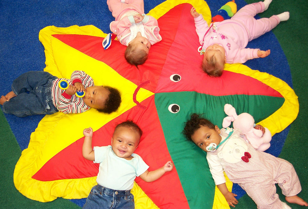 Juguetes Bebe De 8 Meses.Seis Juegos Para Estimular Al Bebe De Ocho Meses Consumer
