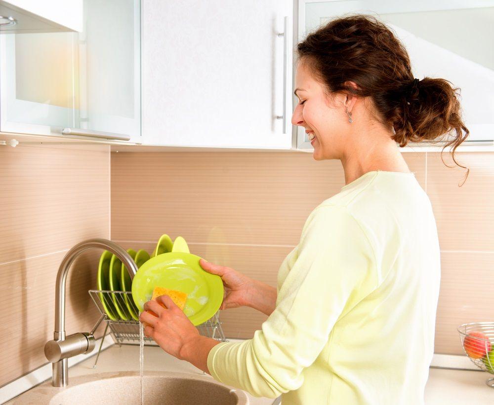 ee293aa9c2ee Lavar a mano o lavavajillas, ¿qué es más barato? | Consumer