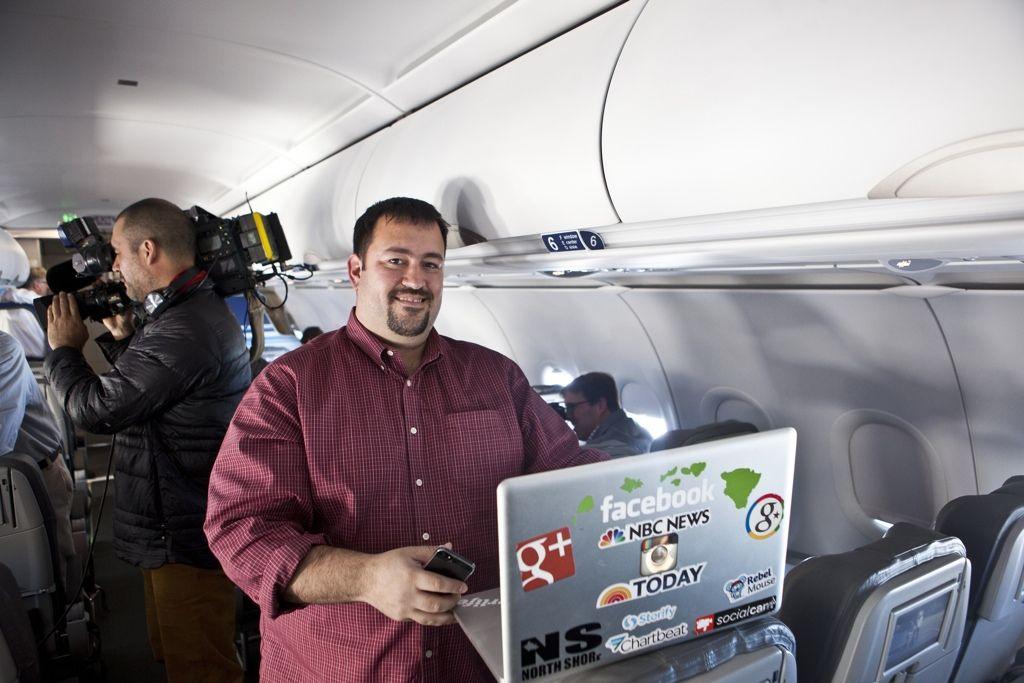 img_llamar internet avion hd_