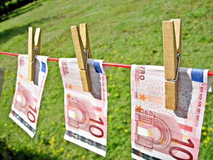 img_moneylaundering euros