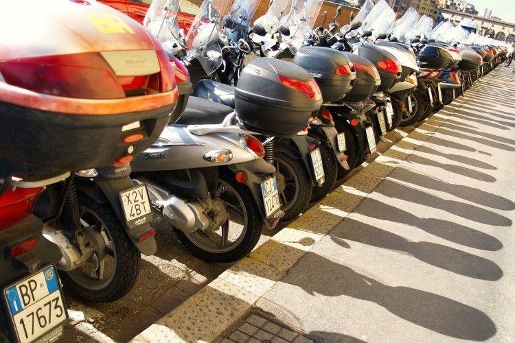 Img motos ahorro grande