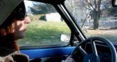 Img mujer conduciendo