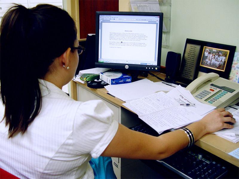 Img mujer trabajando