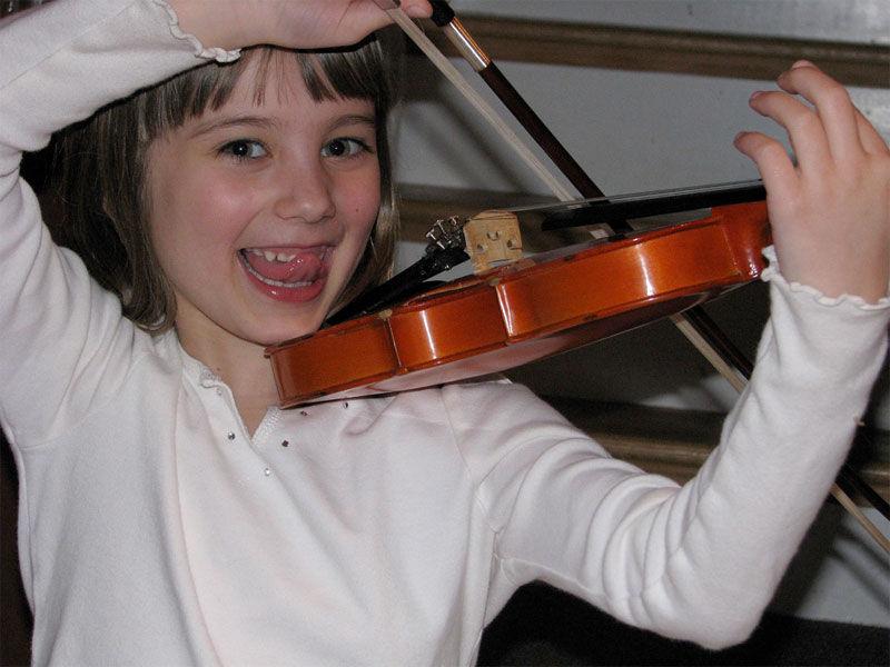 Img nina violin