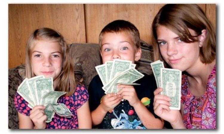 Img ninos dinero grande