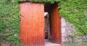 Img puerta madera