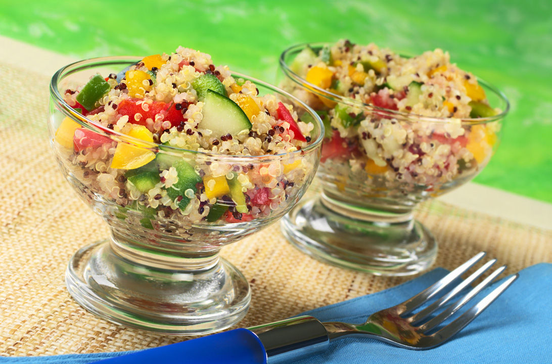 Img quinua salad hd