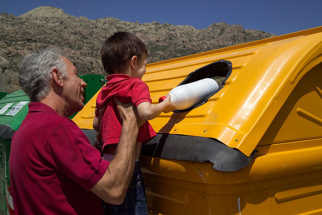 Img reciclaje contenedores hd