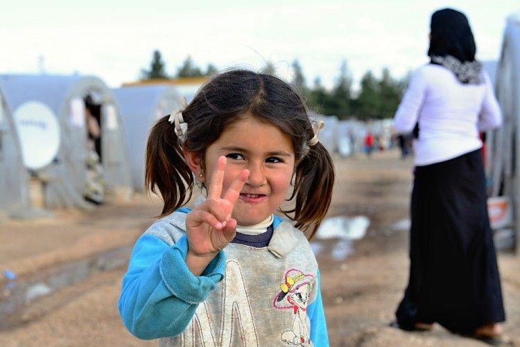 Img refugiados ayudar2 art