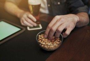 Img riesgo cacahuetes barra bar