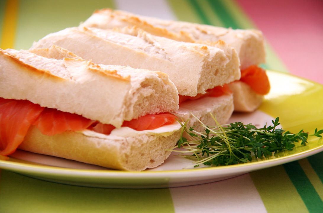 Img sandwich salmon hd