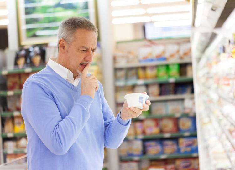 Etiqueta producto supermercado hombre