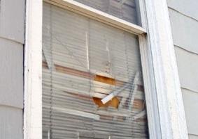 Img ventana rota art