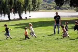 Img verano naturaleza ninos jugar juegos ocio acampadas vacaciones infantil art
