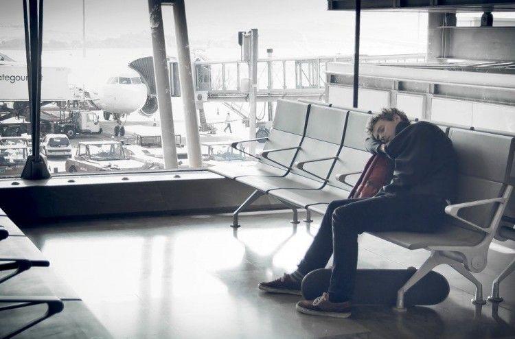 Img vuelo retrasado perdido aeropuerto art
