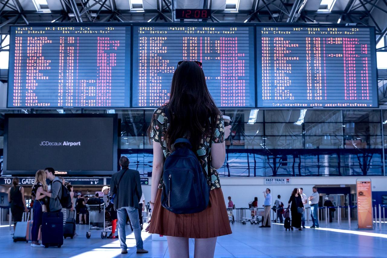 viajar aeropuerto espera vuelos