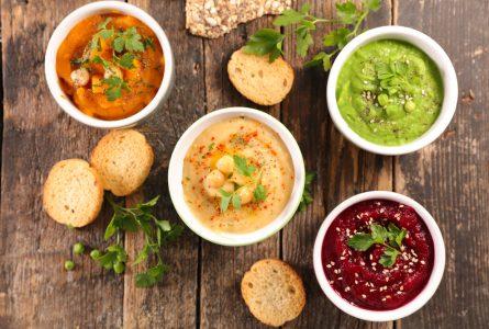 6 tipos de hummus que puedes hacer con verduras ultracongeladas