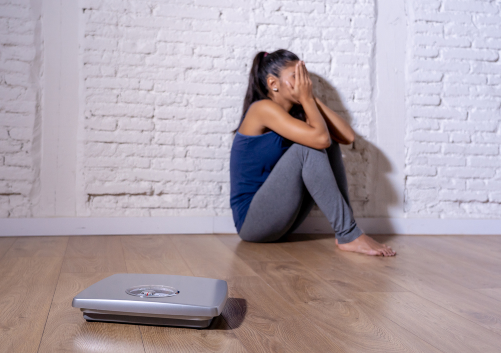 Mujer peso dieta bascula
