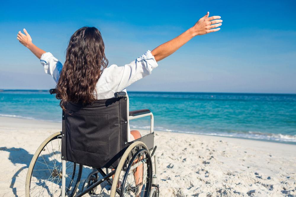 Silla ruedas playa vacaciones
