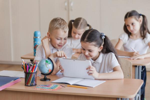 ¿Tu hijo usa la tableta en sus clases? ¡Apunta estos consejos!