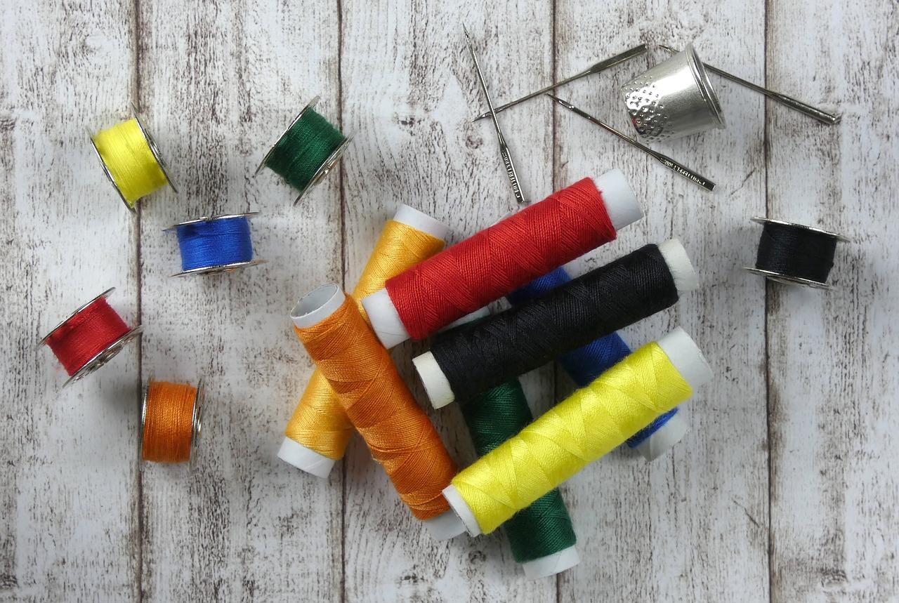 Hilo aguja coser