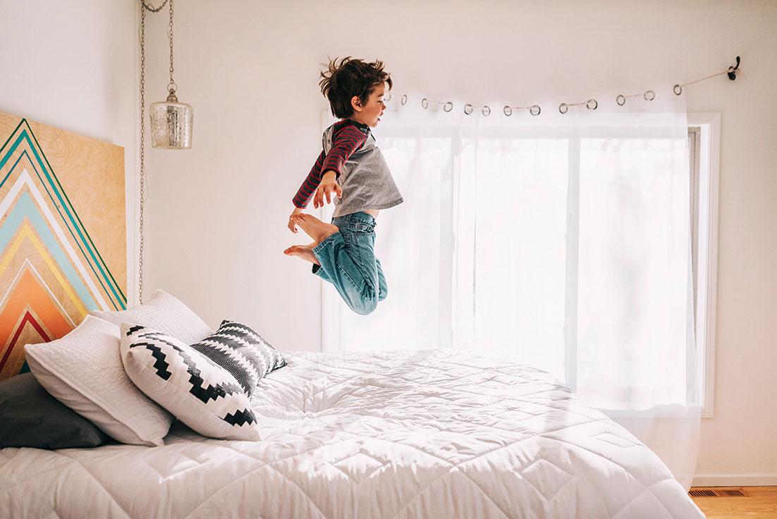 Saltar cama hiperactividad