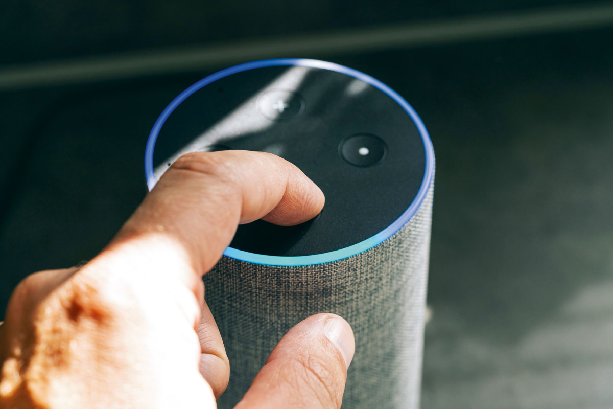 Altavoz inteligente asistente virtual