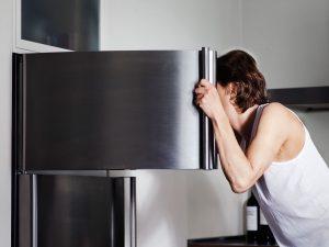 abrir congelador freezer cocina