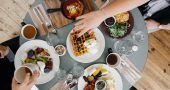 mesa alimentos desayuno