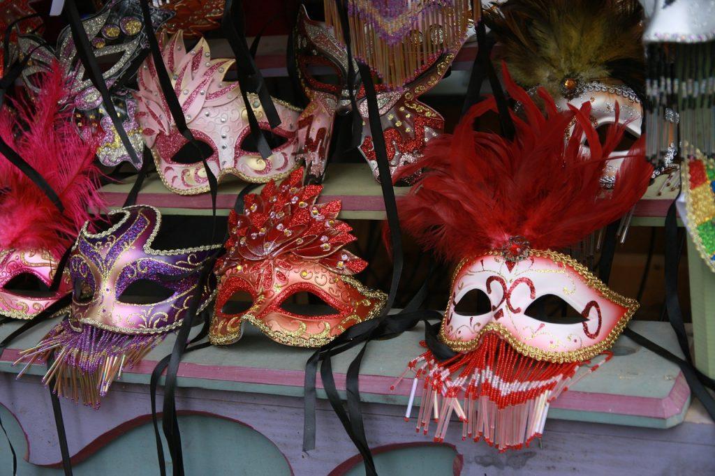 Máscaras en Carnaval sin plásticos