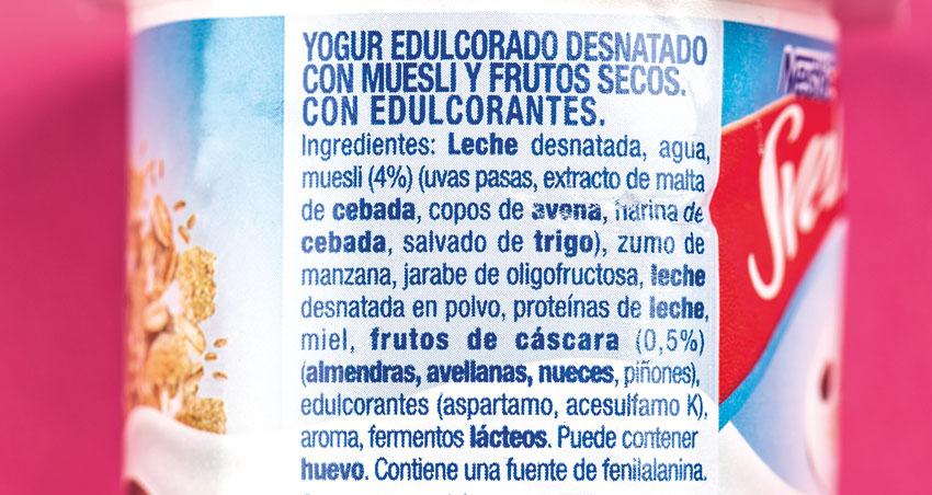 etiketa, jogurt edulkoratuaren osagaiekin