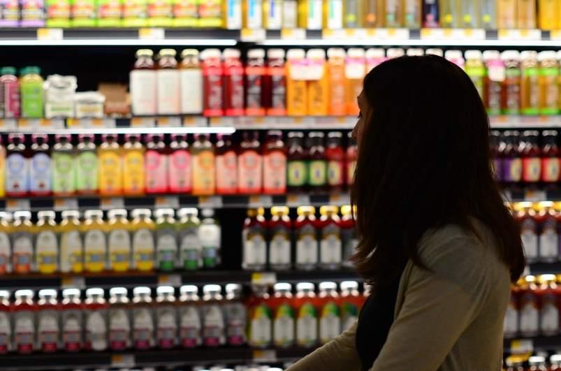compra mujer supermercado