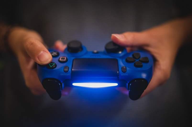 jugar consola videojuego