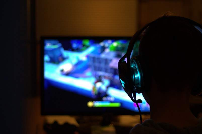 jugar videojuego fornite