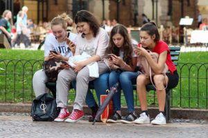 redes sociales menores