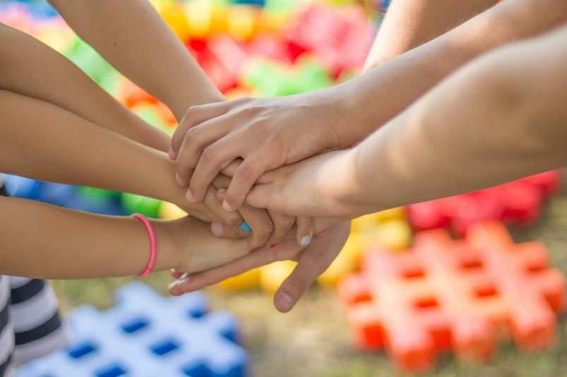 manos coronavirus ayuda