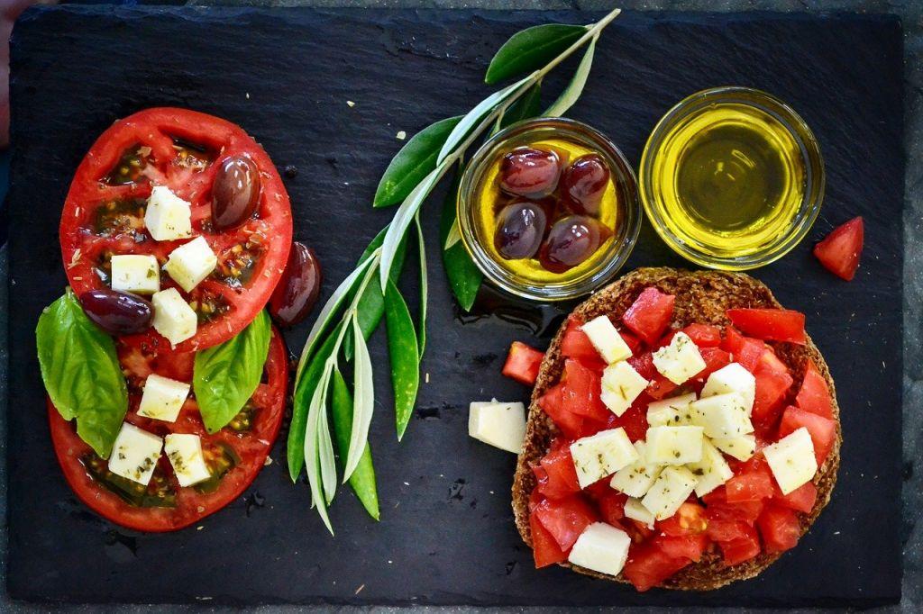 dieta mediterraneoko elikagaiak
