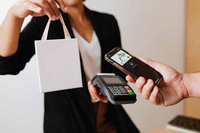 como financiar compras en el black friday