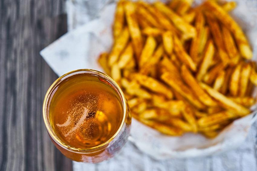 cerveza patatas fritas