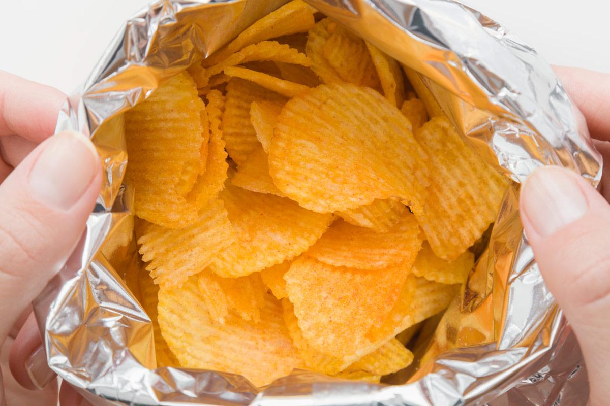encontrar gafas en una bolsa de patatas