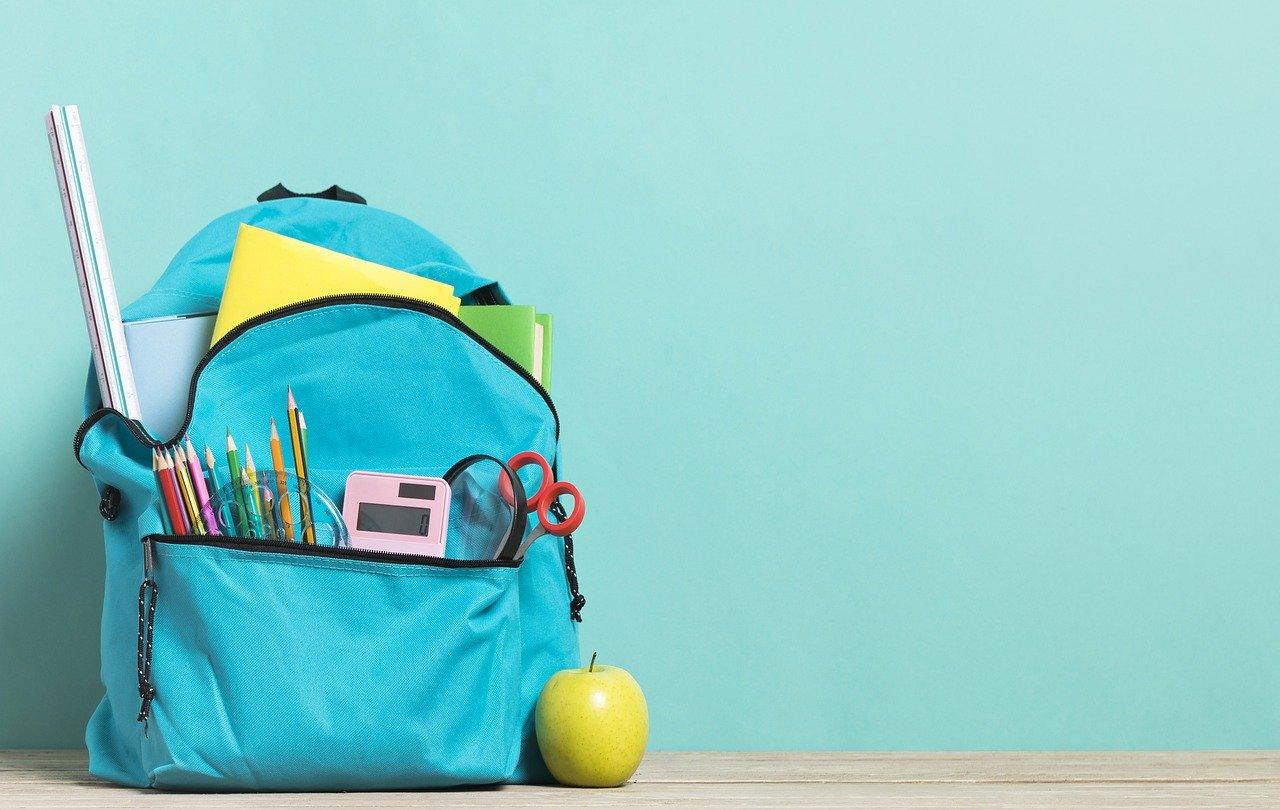 cómo repartir el peso mochila de los niños