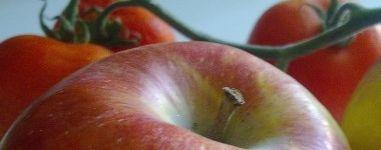 Manzanas tomates