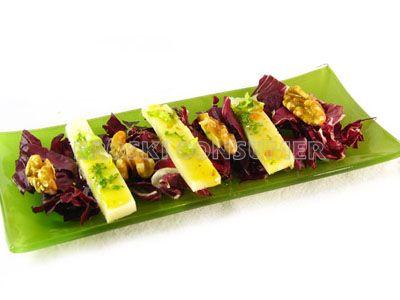 Receta de ensalada de achicoria con mezcla de quesos