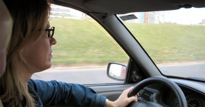 Cómo reconocer y combatir la fatiga al volante