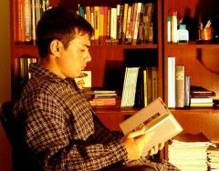 Hombre que lee