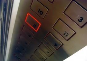 Me opongo a que se instale el ascensor, ¿debo pagarlo?