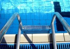 Accidentes en la piscina c mo y a qui n reclamo for Piscinas desmontables eroski