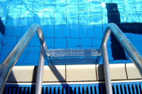 Accidentes en la piscina c mo y a qui n reclamo for Piscinas hinchables eroski